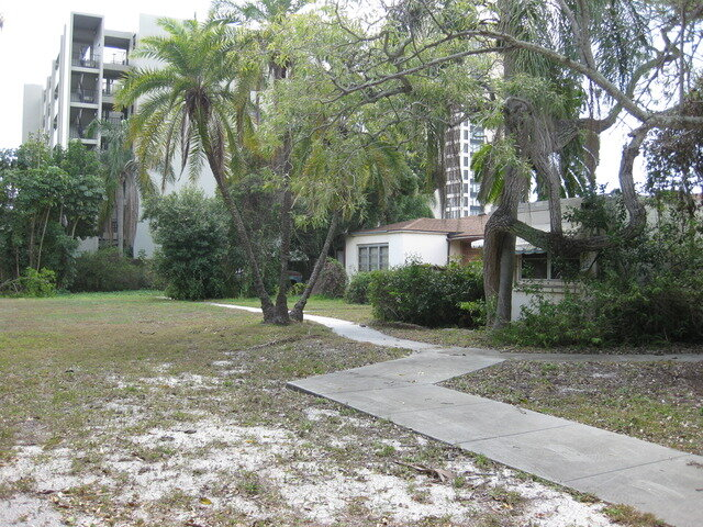 711  S. Palm Avenue, Sarasota real estate Photo 4 of 4