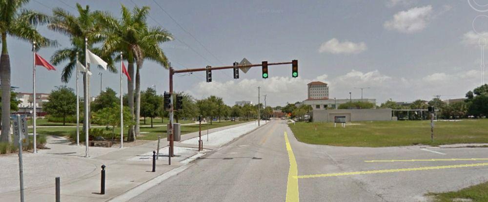 301 S. School Avenue, Sarasota, FL 34237