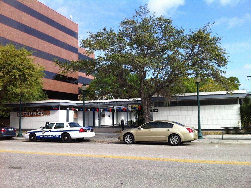 2051 Main Street, Sarasota, FL 34237 - photo 3 of 3