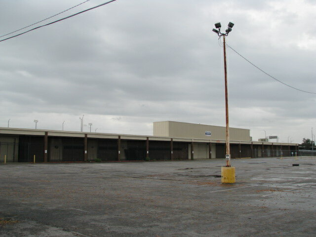 4700 old gentilly rd new orleans la retail commercial for Floor depot new orleans