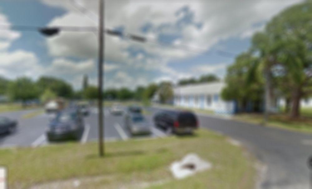 1234 Manatee County Rd., Sarasota, FL 34243 - photo 3 of 4