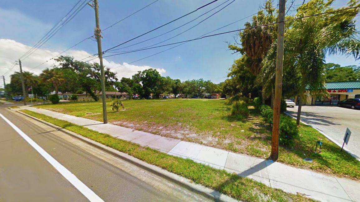 2122 Manatee Ave. E., Bradenton, FL 34208 - photo 3 of 3