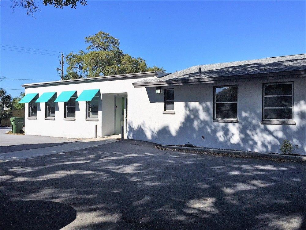 2032 Hawthorne St, Sarasota, FL 34239