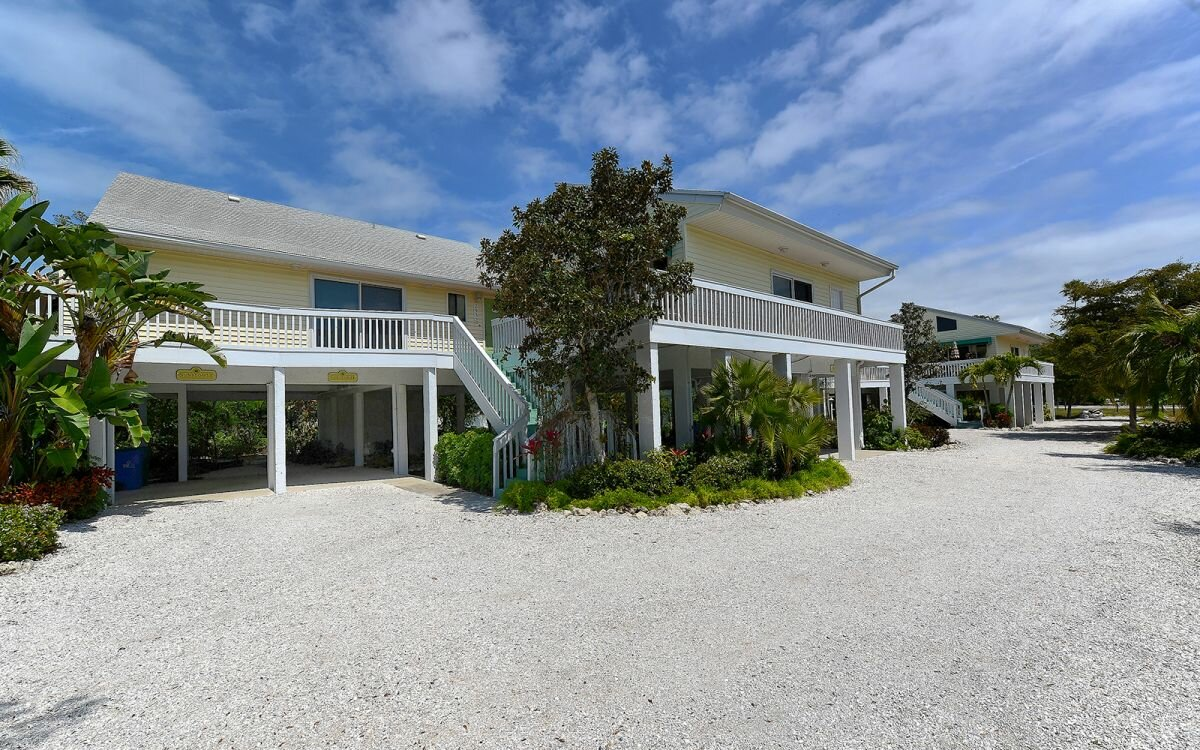 2922 Gulf of Mexico Dr, Longboat Key, FL 34228 - photo 4 of 28
