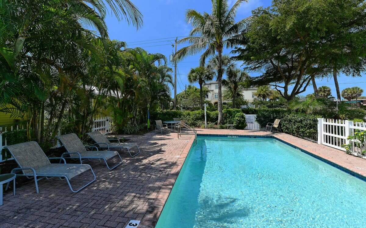 2922 Gulf of Mexico Dr, Longboat Key, FL 34228 - photo 8 of 28