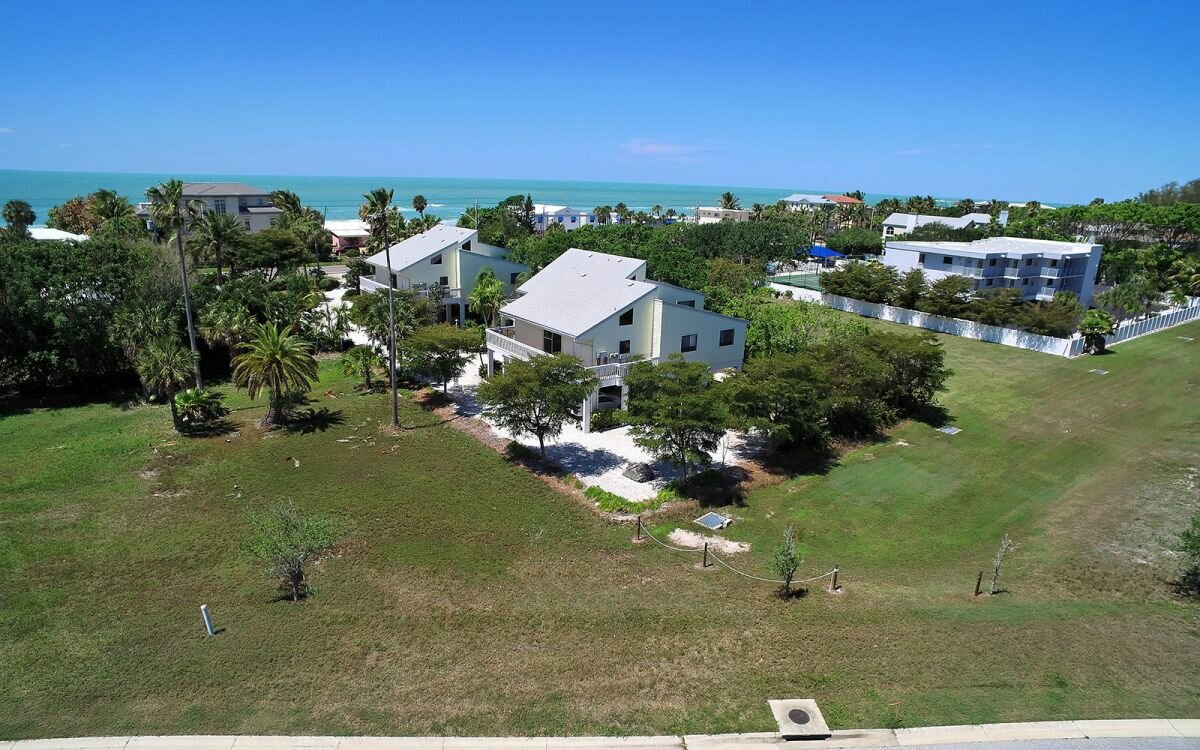 2922 Gulf of Mexico Dr, Longboat Key, FL 34228 - photo 24 of 28