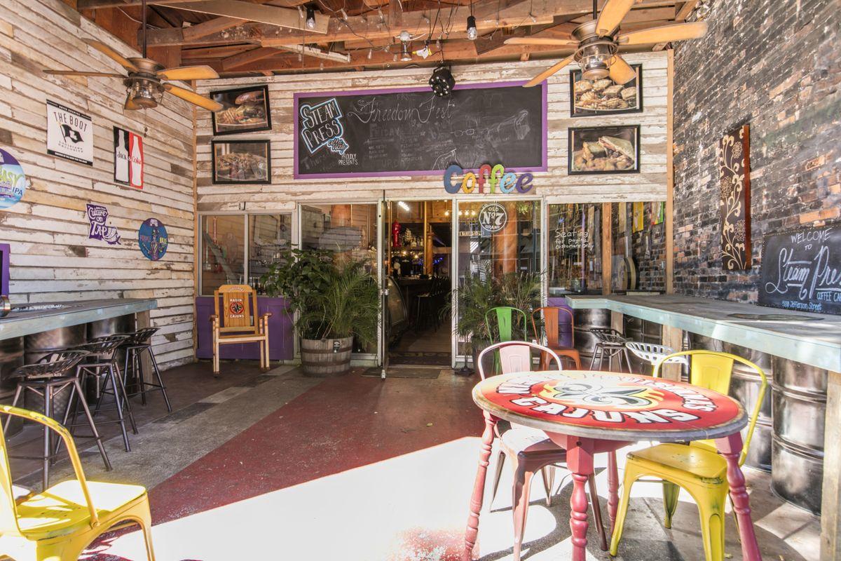 520 jefferson st lafayette la retail commercial for for Tattoo shops lafayette la