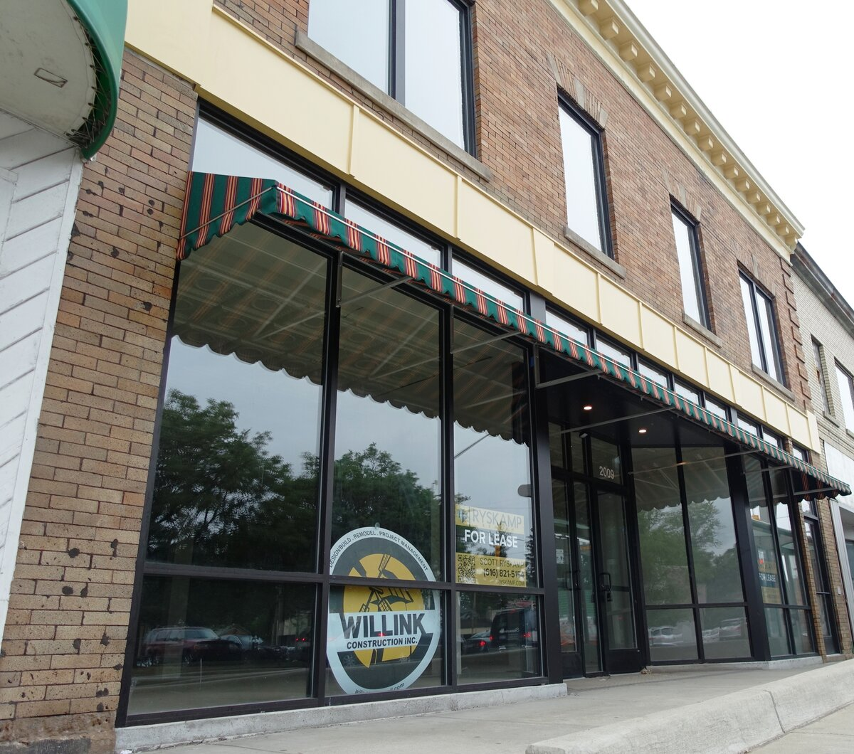 2007 Division Ave S Grand Rapids Mi Retail Commercial