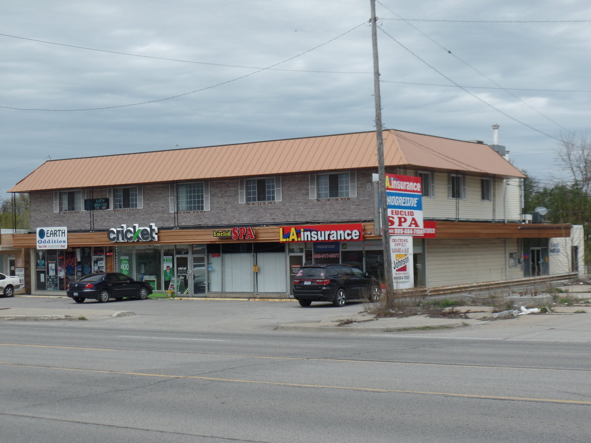 808 n euclid bay city mi retail commercial for sale cpix powered by catylist. Black Bedroom Furniture Sets. Home Design Ideas