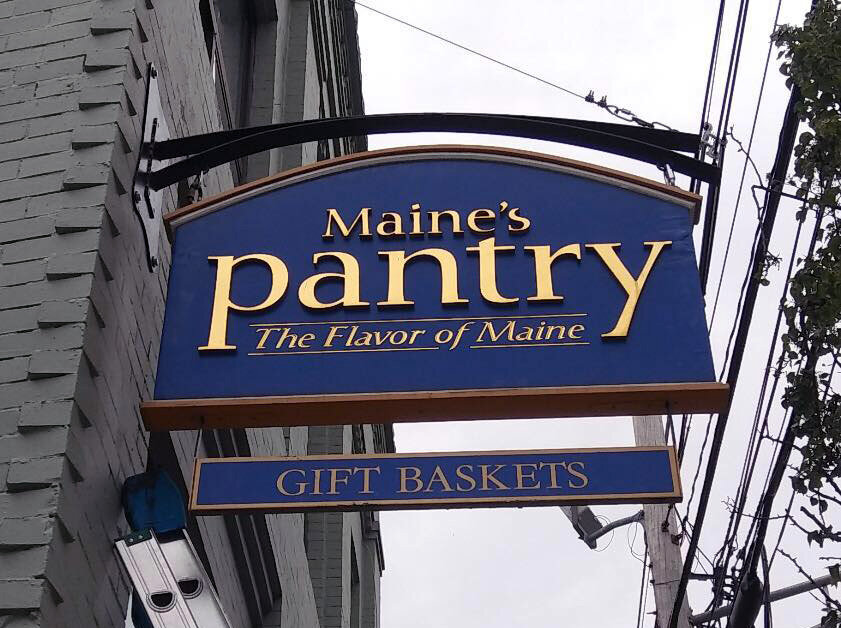Maine's Pantry: Specialty Food Shop and Cafe
