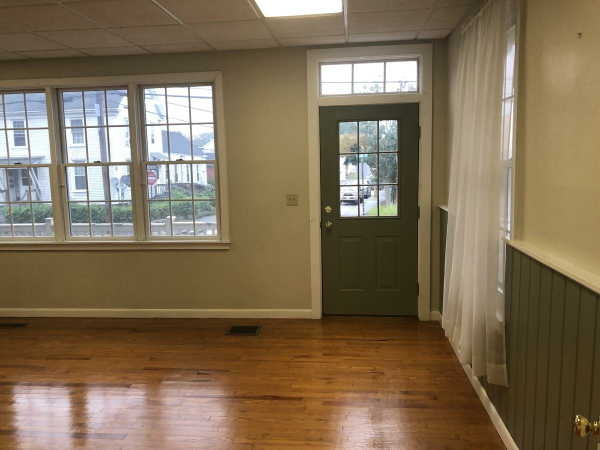 CENTRAL DOWNTOWN OFFICE SPACE FOR LEASE