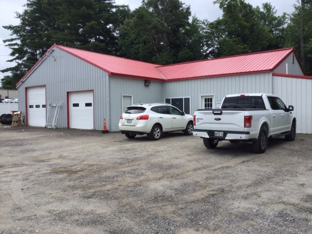 Auto-Related Building For Lease
